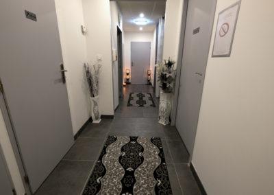 couloir salle de soins institut de beauté